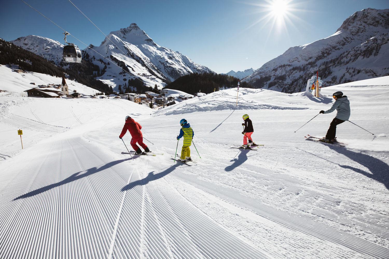 Skischule in Warth am Arlberg